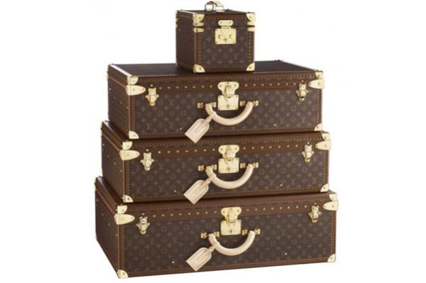 Набор дорожных чемоданов от Louis Vuitton