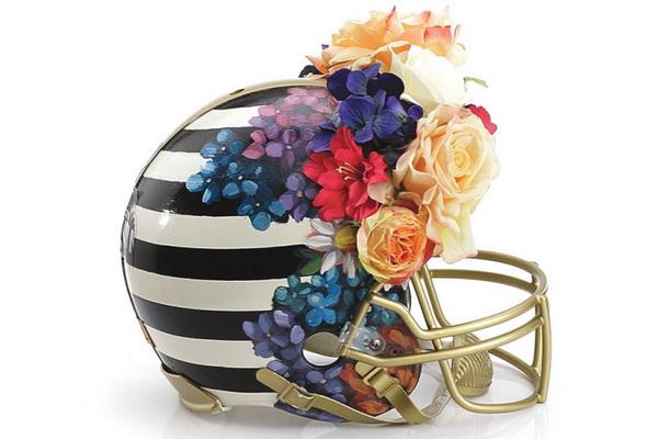 Шлем от Nicole Miller