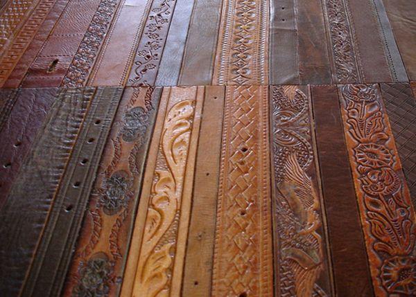 Кожаные ремни в качестве напольного покрытия