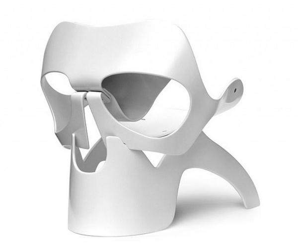 Skull Chair: стул в форме черепа от дизайнера Vladi Rapaport