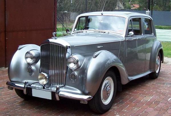 Bentley Mark VI - символ возвращения к роскоши. Фото: rrocwa.com