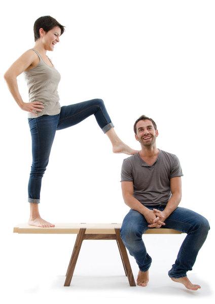 Балансирующая скамья - уникальный способ проверить отношения на прочность.