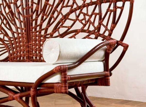 Подлокотники скамейки-трона