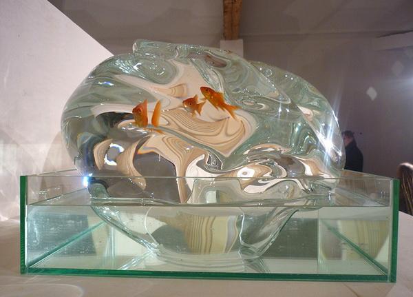 Аквариум Echappee для свободолюбивых рыб