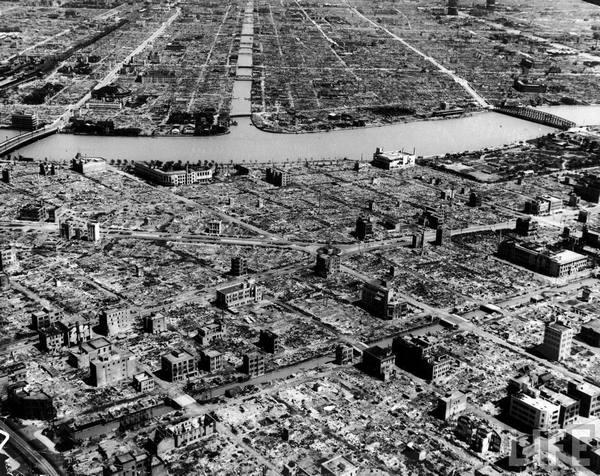 Руины Хиросимы после взрыва атомной бомбы. Сентябрь, 1945 года.