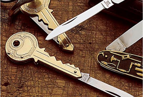 Карманный ножик в виде ключа