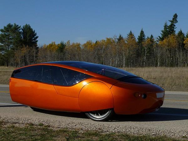 Urbee Hybrid. Пластиковый автомобиль, напечатанный на принтере