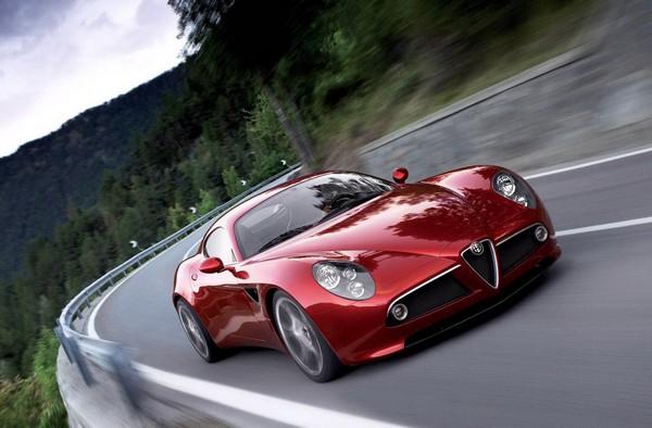 Alfa Romeo 4C. Пластиковый спорткар