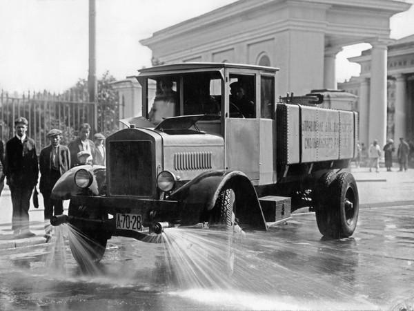АМО-Ф-15 – первый советский грузовик. Источник фото: truck-auto.info