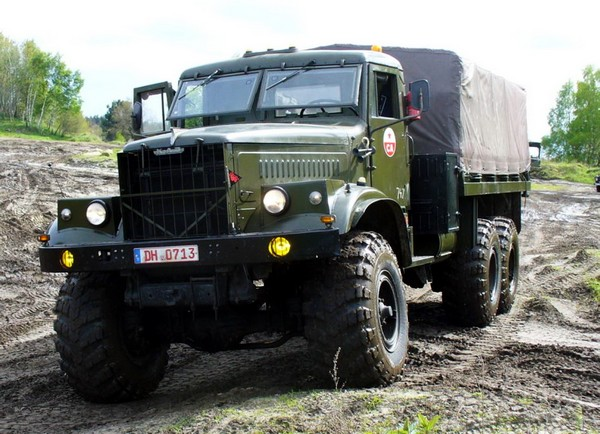 КрАЗ-255 – украинский богатырь. Источник фото: truck-auto.info