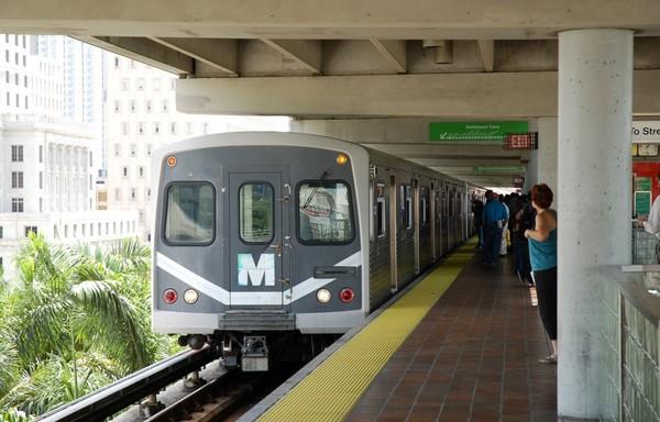 Самая надземная линия. Метрополитен Майами
