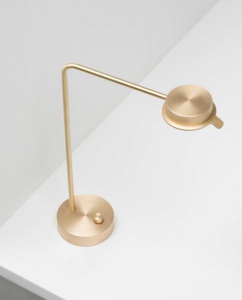 Оригинальный светильник из латуни