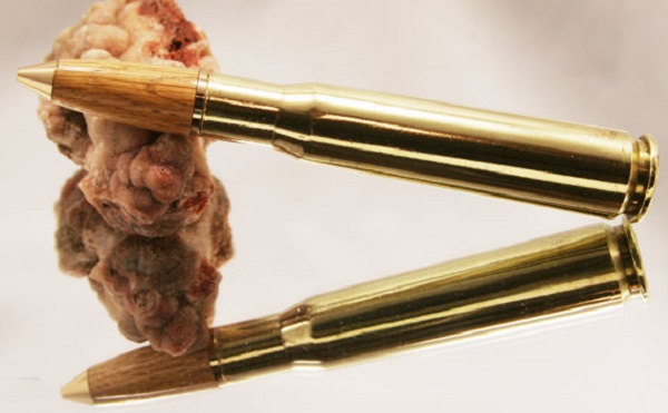 Ручка, собранная из гильзы Bullet Pen