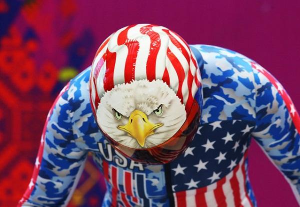 Шлем участника Олимпиады 2014