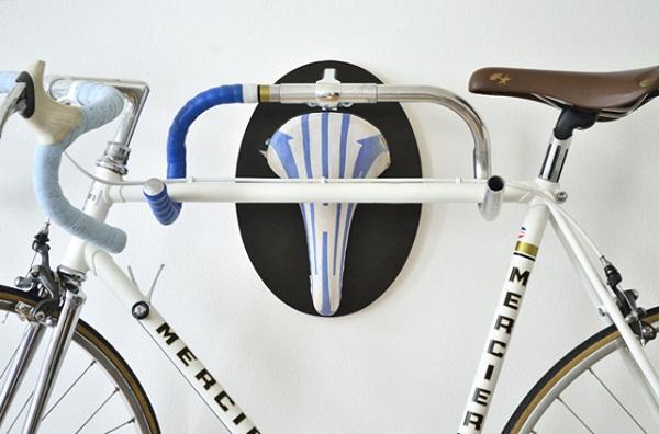 Навесная полка для велосипеда