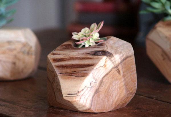 Цветочный вазон от Cattails Woodwork