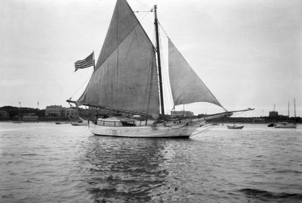 Яхта Спрей. Источник фото: ptsail.org