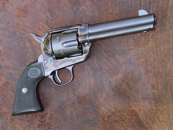 Револьвер Colt Single Action Army. Источник фото: gunblast.com
