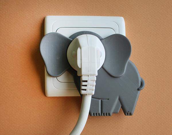 Elephant in the room / Слон в комнате. Забавный аксессуар.
