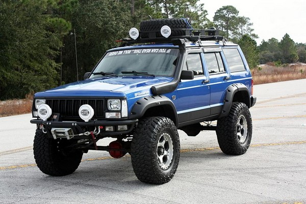 Jeep Cherokee – долгоиграющая легенда. Источник фото: carzz.co