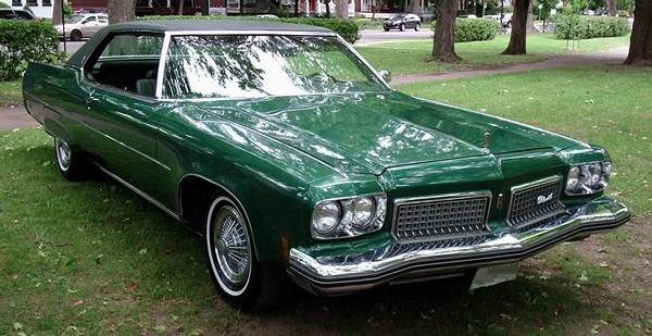 Oldsmobile 98. Источник фото: Википедия