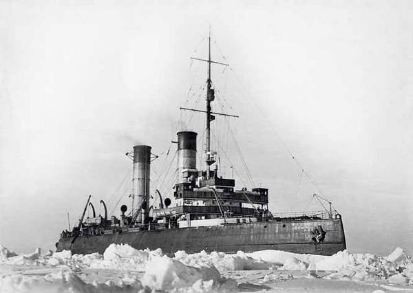 Ермак – первый в мире ледокол. Источник фото: opww.narod.ru