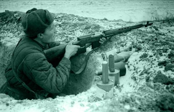 Самозарядная винтовка Токарева. Источник фото: opoccuu.com