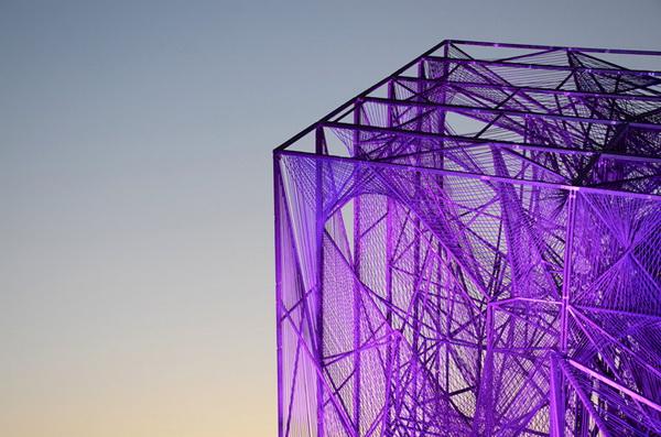 Конструкция в форме куба в Пекине