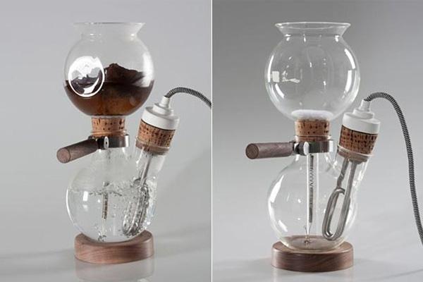 Кофеварка, которая превращает процесс приготовления кофе в химический эксперимент.