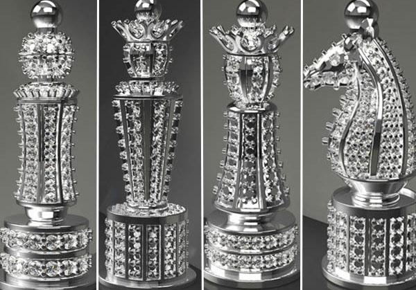 Королевский бриллиантовый комплект шахмат