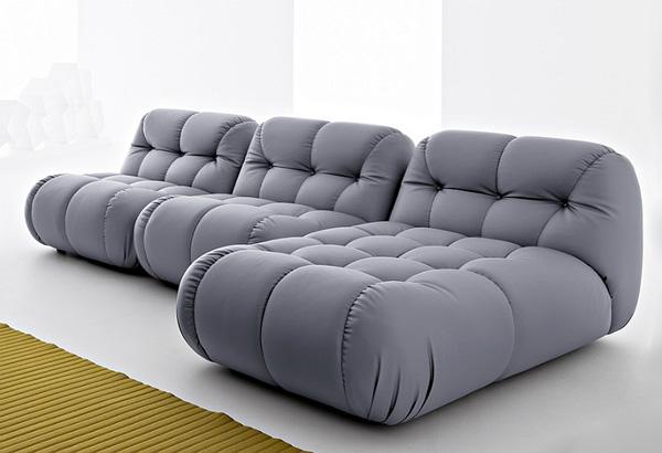 Глубокая прошивка - характерная черта дивана