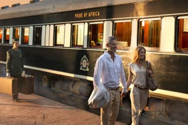 Путешествуем по железной дороге:  поезда для богатых