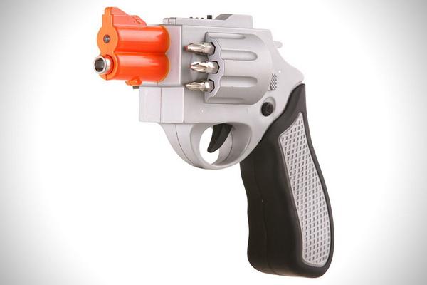 Отвертка в форме револьвера