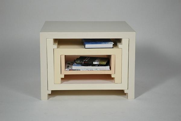 Stacking Nesting Tables: кофейный стол, превращающийся в шкаф