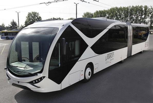 Транспорт в Саудовской Аравии: троллейбусы для студентов