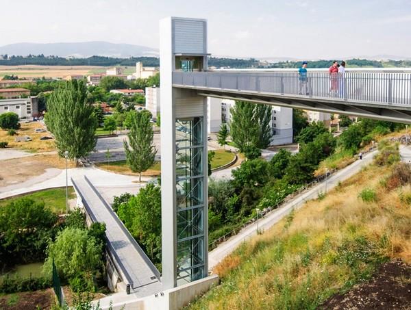 Уличный лифт для Памплоны. Источник фото: Imagina2 Visualization Studio