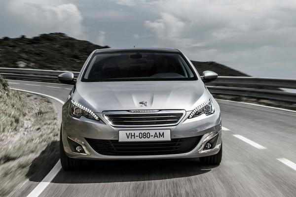 Автомобиль Peugeot 308. Источник фото: peugeot.autocentre.ua