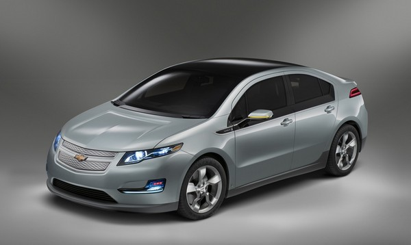 Автомобиль Chevrolet Volt. Источник фото: forwallpapers.com