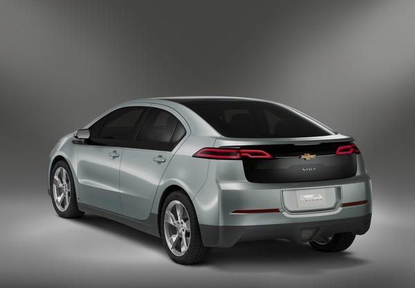 Автомобиль Chevrolet Volt. Источник фото: fart2011.ru