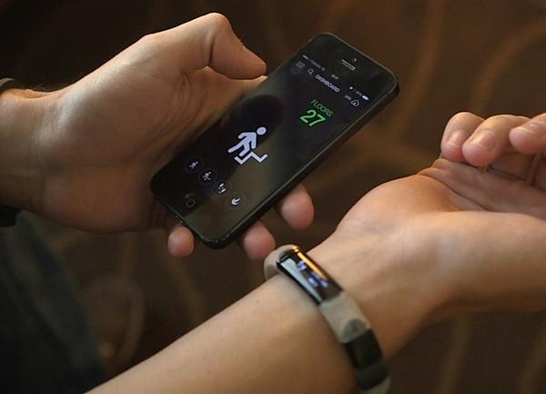 Razer Nabu Smartband – умные часы для спорта. Источник фото: digital.unitymedia.de
