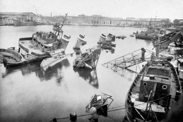 Француские корабли в порту Тулона. Источник фото: topwar.ru