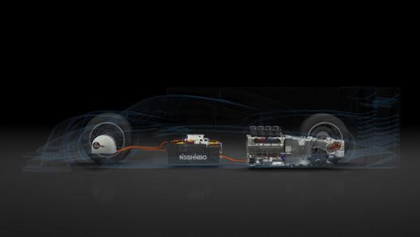 Гибридный гоночный автомобиль Toyota TS040 Hybrid Race Car. Источник фото: Toyota