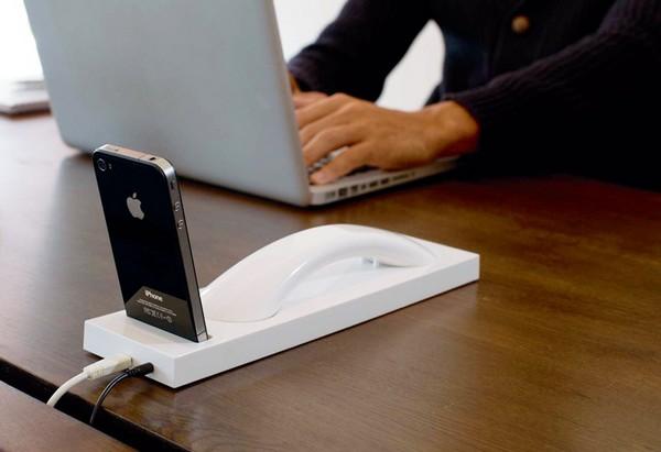 Moshi Moshi 03 – настольная версия мобильного телефона. Источник фото: designyoutrust.com