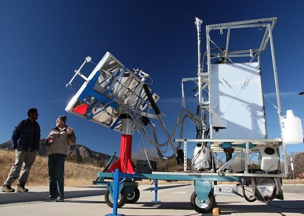 Туалет на солнечных батареях от ученых из Колорадо. Источник фото: motherboard.vice.com