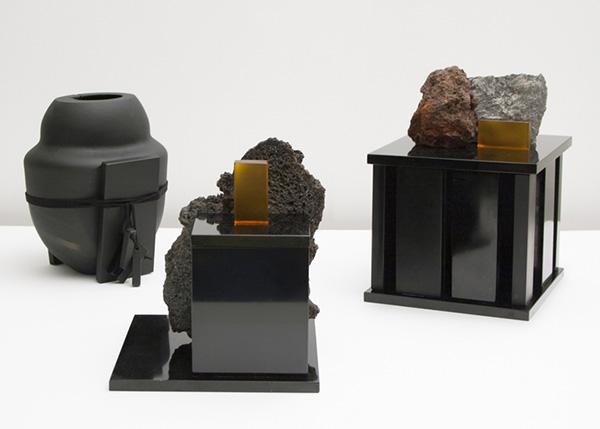 Мебель из вулканической лавы.