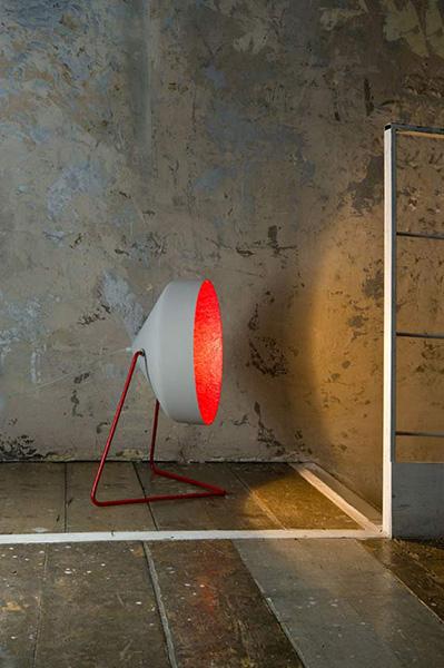Креативные светильники из различных материалов.