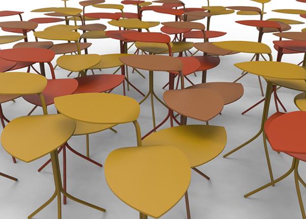 Кофейные столики в форме виноградных листьев.