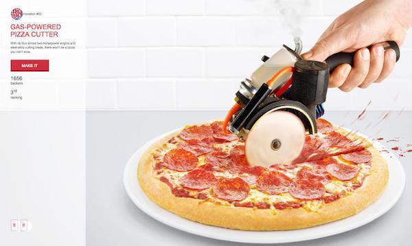 Нож для пиццы.
