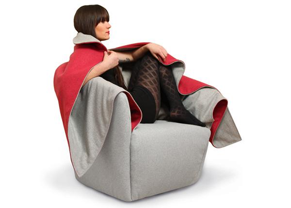 Уютное кресло-кокон.