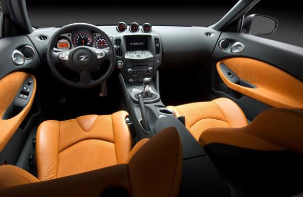 Салон Nissan 370Z